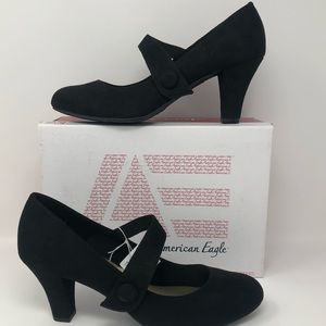 New American Eagle KIM Black MJ pumps